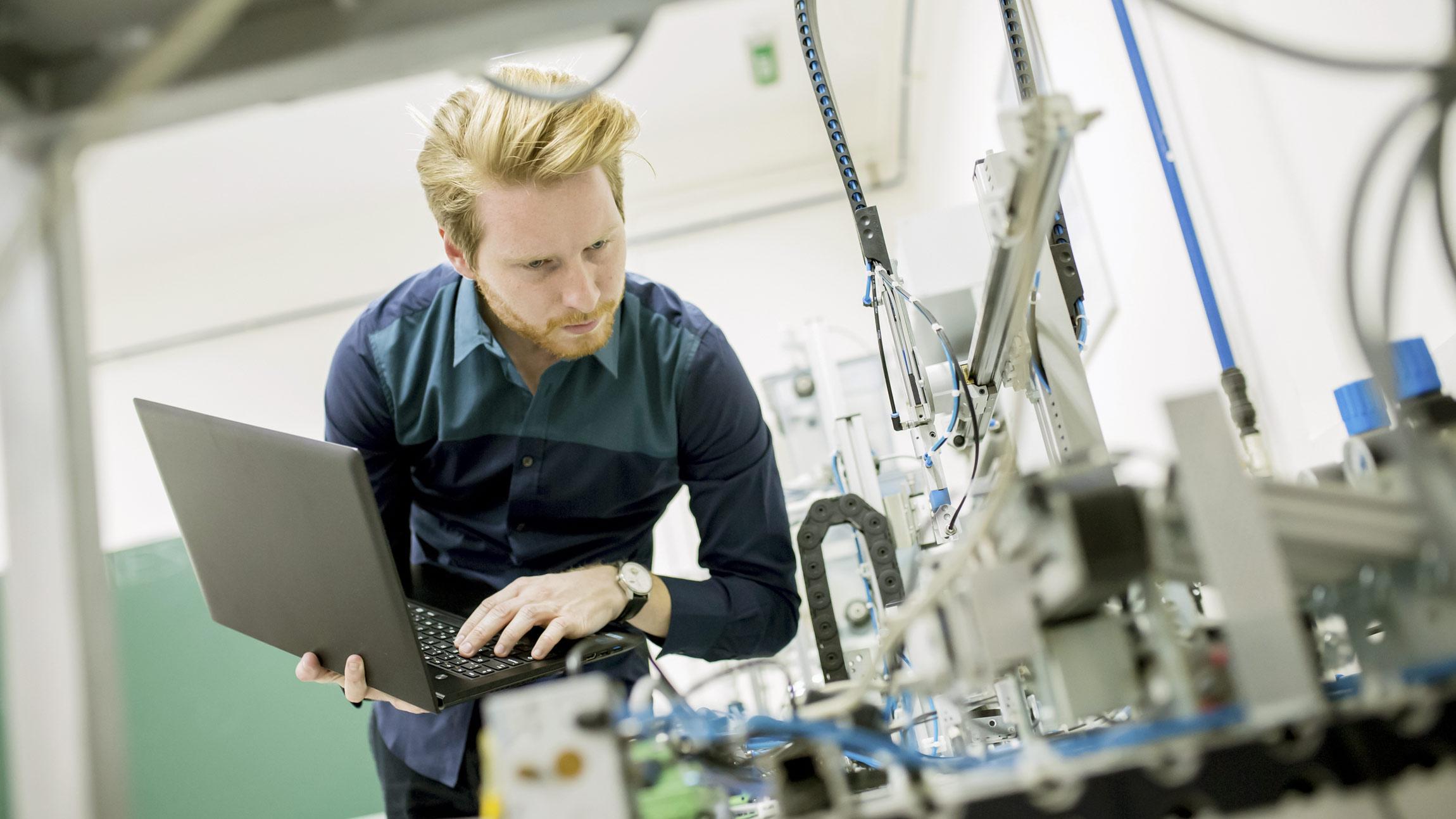 Elektroniikkateollisuuden ja sähköteollisuuden insinööritehtävät, projektinjohtotehtävät ja asennustehtävät