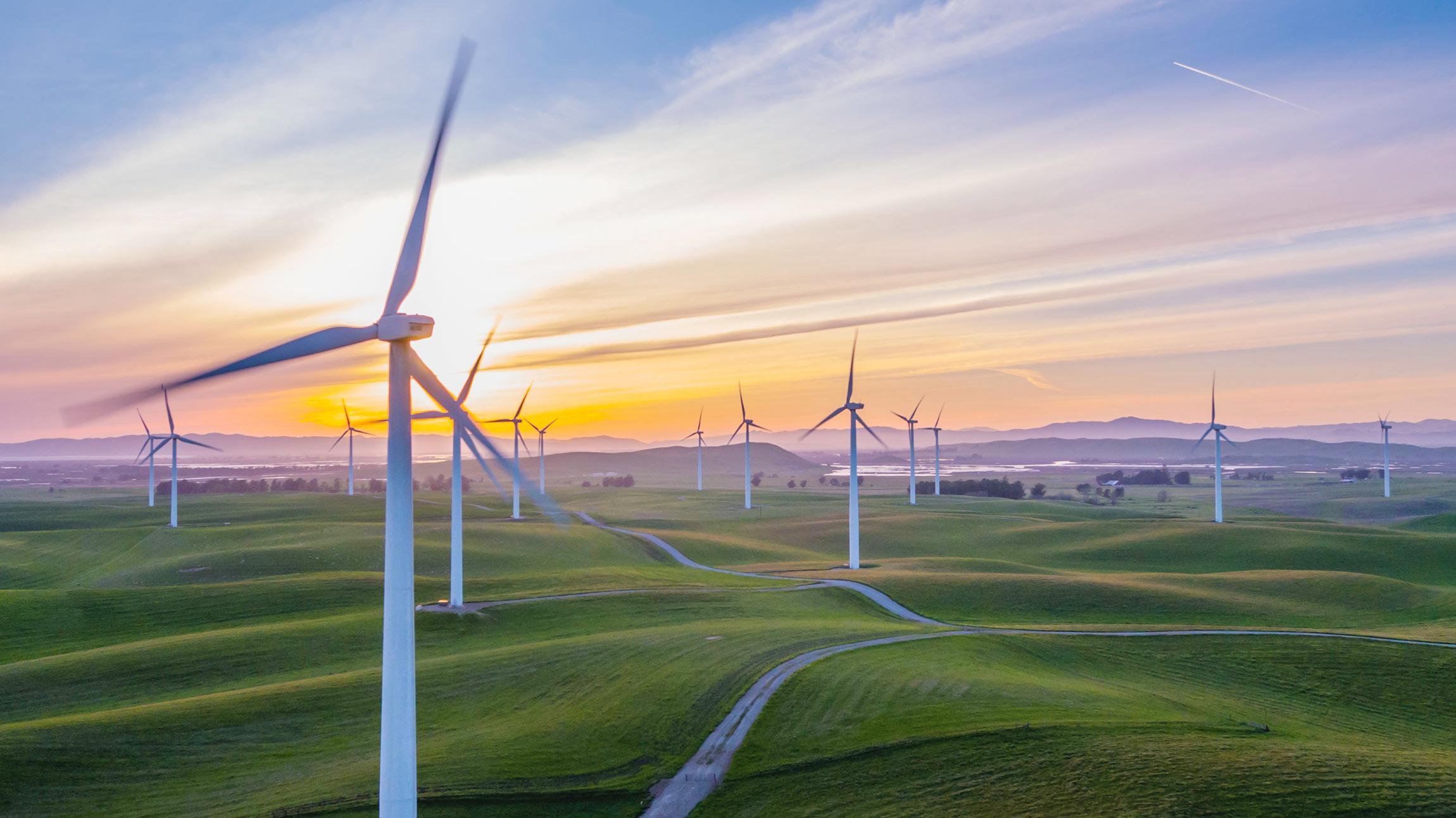 Voimansiirtoverkkojen, sähköasemien ja tuulivoimapuistojen suunnittelu, rakentaminen ja kunnossapito